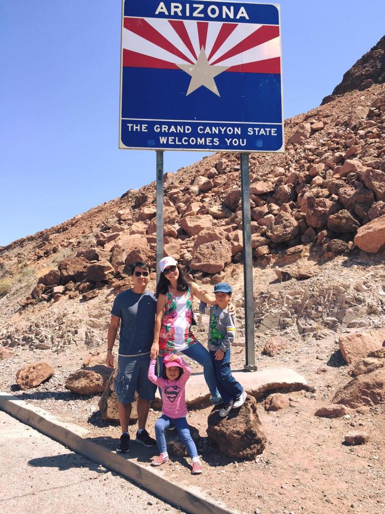 Tracy Ong Hui Jing and her family in Grand Canyon